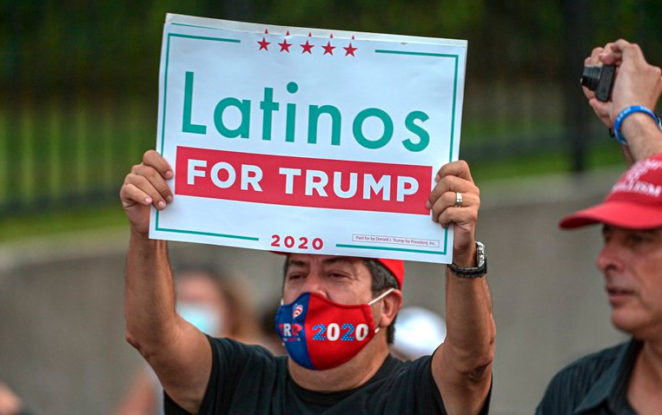 Grupo de latinos apoyan la candidatura de Donald Trump