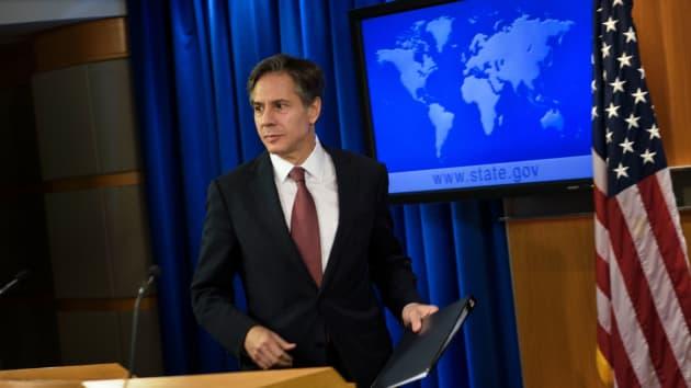 ingreso Anthony Blinken - funcionarios | Foto: AFP