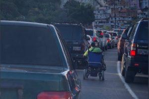 Venezuela inició la semana radical con alcabalas y sin transporte público