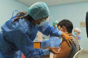 Odontólogos exigen inclusión en plan de vacunación contra la covid-19