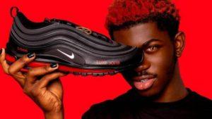 "Nike demandó a un grupo de artistas por las ""zapatillas de Satán"""