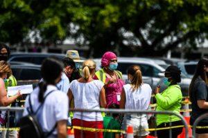 Toque de queda en Miami-Dade será levantado