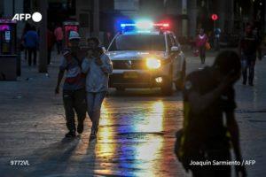 AFP | Toque de queda en Colombia