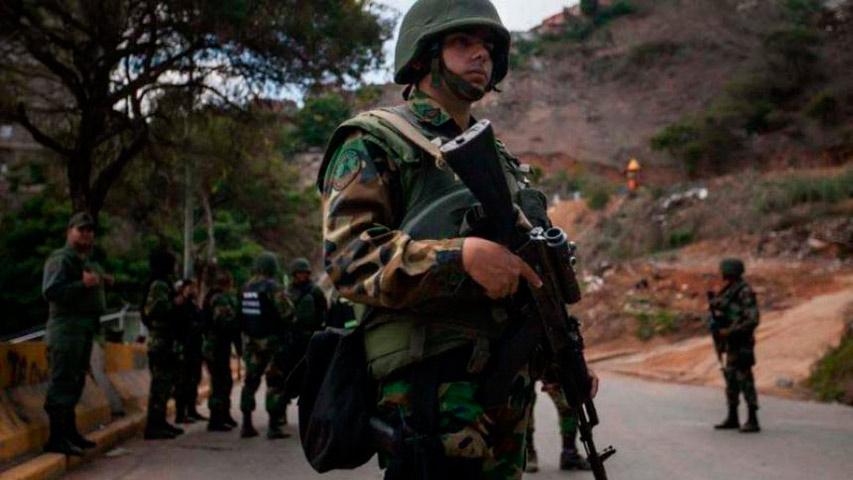 Militares en Apure   Foto: Cortesía Unión Radio