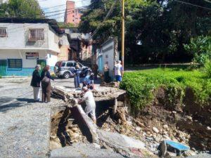 Fuertes lluvias azotan varias zonas en Mérida