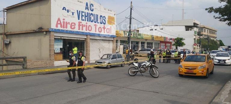 avenida Las Aguas en el norte de Guayaquil