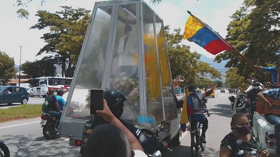 Llegó a Carabobo la reliquia del doctor José Gregorio Hernández