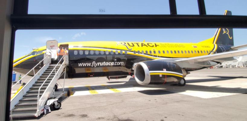Avión Rutaca