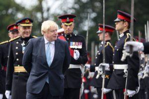 Boris Johnson estuvo apunto de ahogarse durante sus vacaciones en Escocia