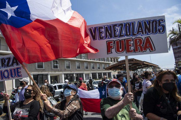 Protesta en Iquique, Chile, contra venezolanos. Foto: Twitter