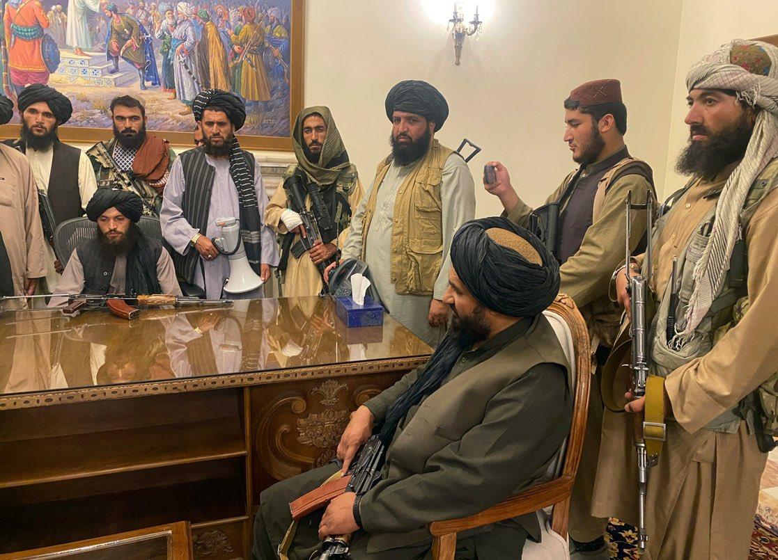 Talibanes. Foto: Twitter