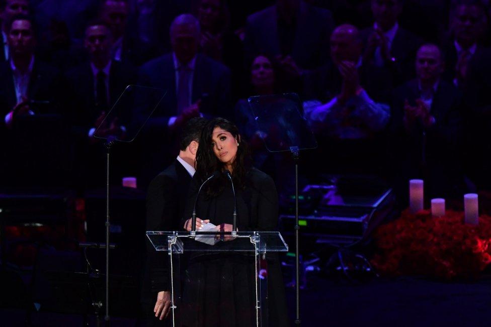 Deportistas y artistas participaron en funeral de Kobe Bryant