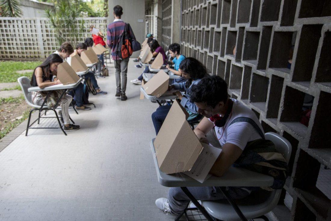 """Esto es lo que se conoce del """"sistema de votación corporativa"""" para elecciones de autoridades universitarias"""