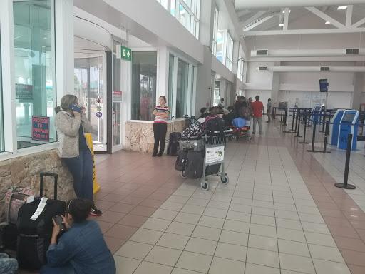 Aruba Airlines solicita a venezolanos declaración jurada de no asilo en ese país (+Documento)