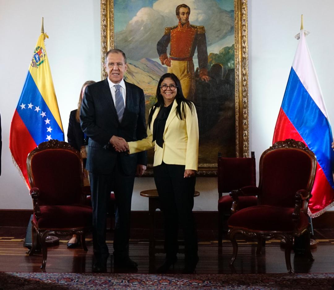 Canciller ruso no negoció salida de Maduro en el poder