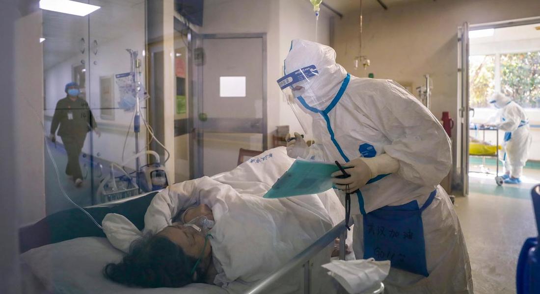 Muertes por coronavirus en China superaron la barrera de los 2.000