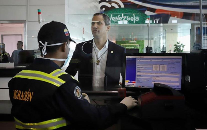 Pese a las amenazas del régimen, Guaidó regresó a Venezuela