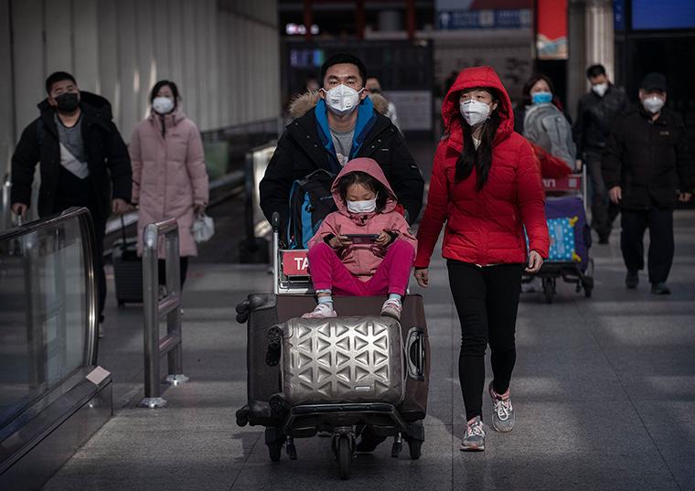 Comunidad china en busca de productos quirúrgicos para virus