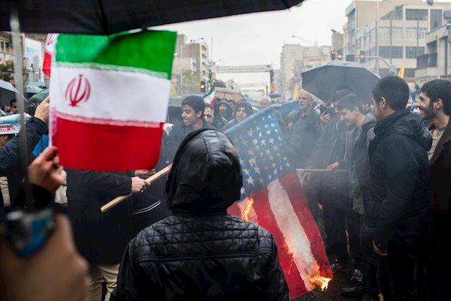 Iraníes protesta ante injusticias