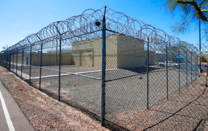 Murió recluso federal en EEUU tras contraer COVID-19