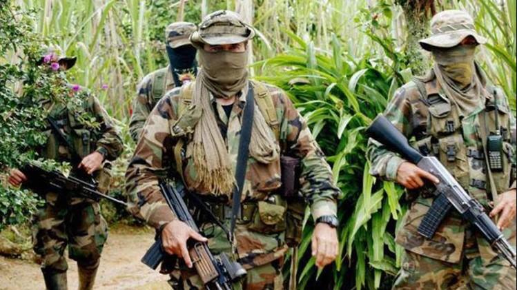 Grupos paramilitares son señalados de estar en Venezuela