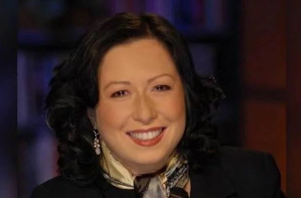 Falleció de COVID-19 periodista CBS News, María Mercader