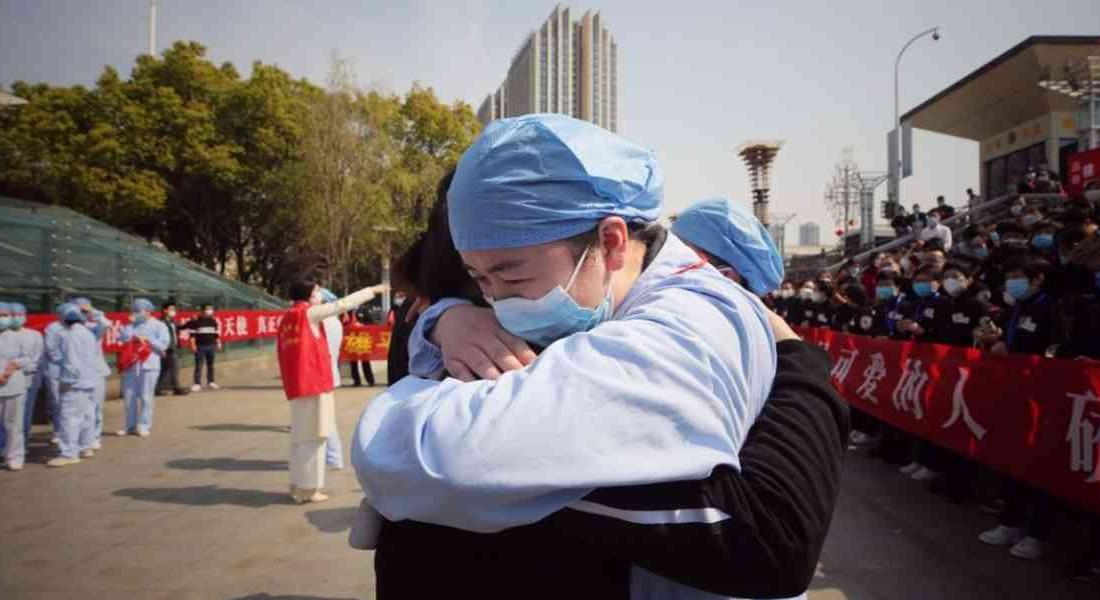 China anunció que número de pacientes graves por covid-19 es menor a 1.000