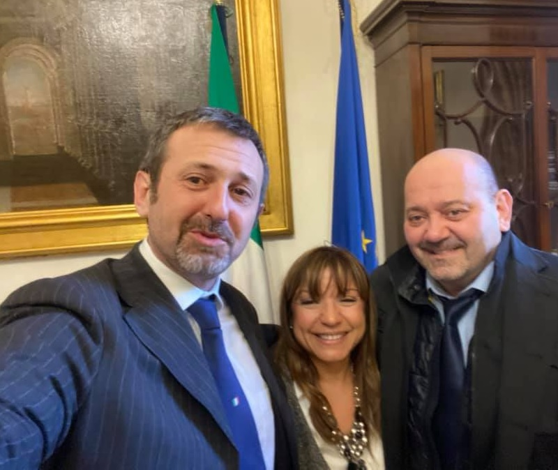 Dip. Andrea Delmastro presentó resolución para beneficiar a venezolanos en ese país