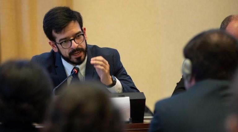 Miguel Pizarro denunció aislamiento severo de Juan Requesens y Roberto Marrero