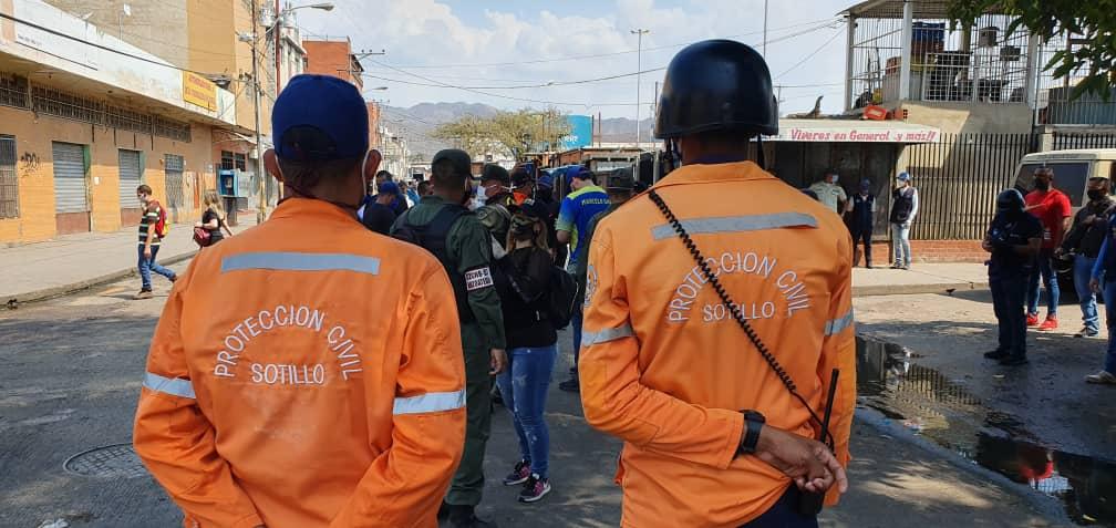 Realizaron limpieza y desinfección de espacios públicos en Anzoátegui   Foto: Cortesía