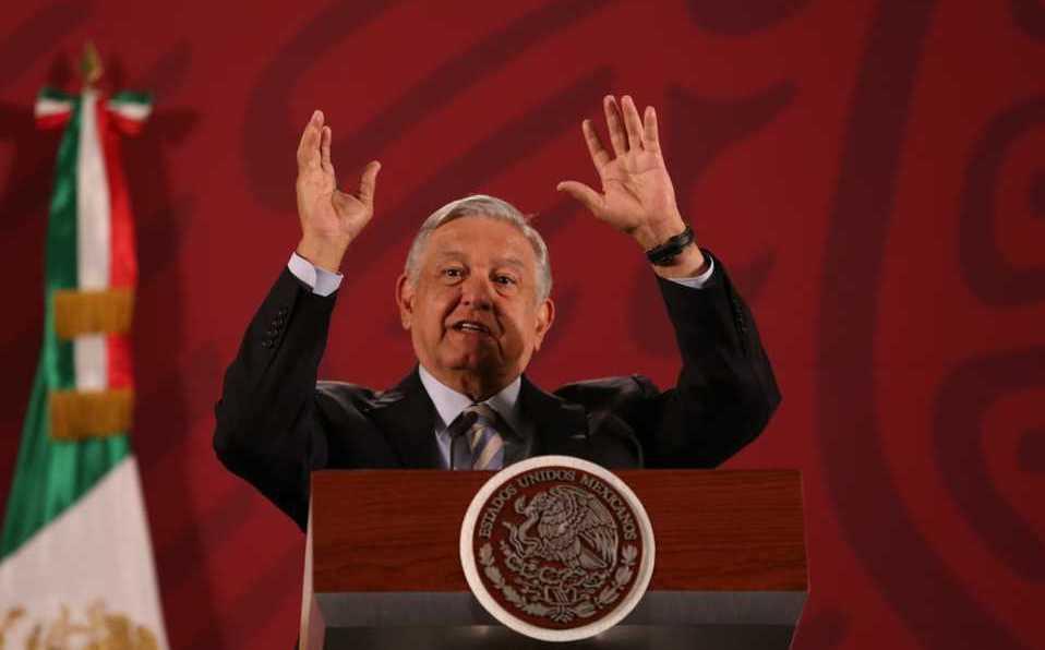 """""""No dejen de salir"""": el llamado del presidente López Obrador (México) por pandemia de COVID-19"""