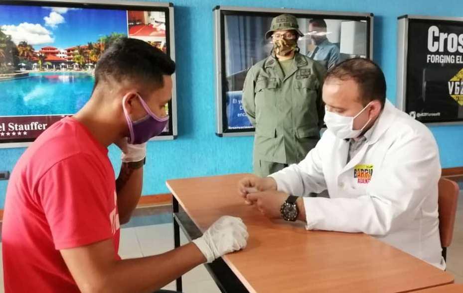 12 venezolanos arribaron al país