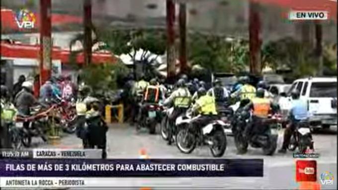 Registraron hasta 3 kilómetros de fila para abastecer de combustible en Caracas