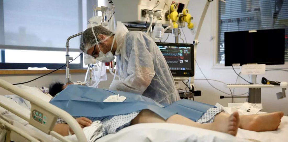 Francia registró 547 muertes por COVID-19 en las últimas 24 horas