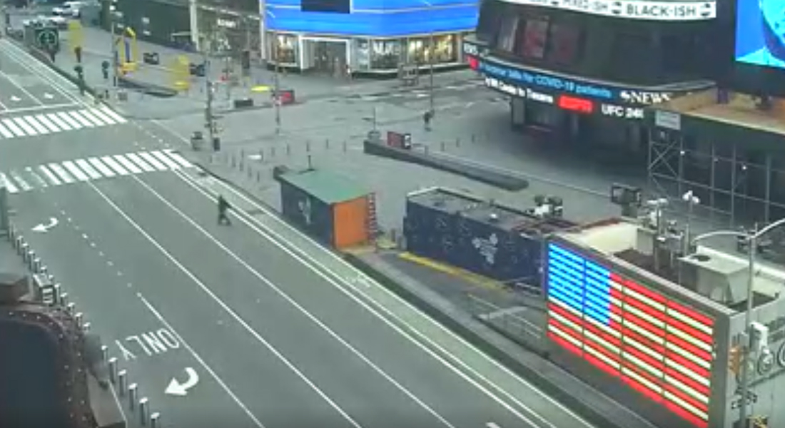 Times Square vive en silencio las jornadas por el confinamiento en Nueva York