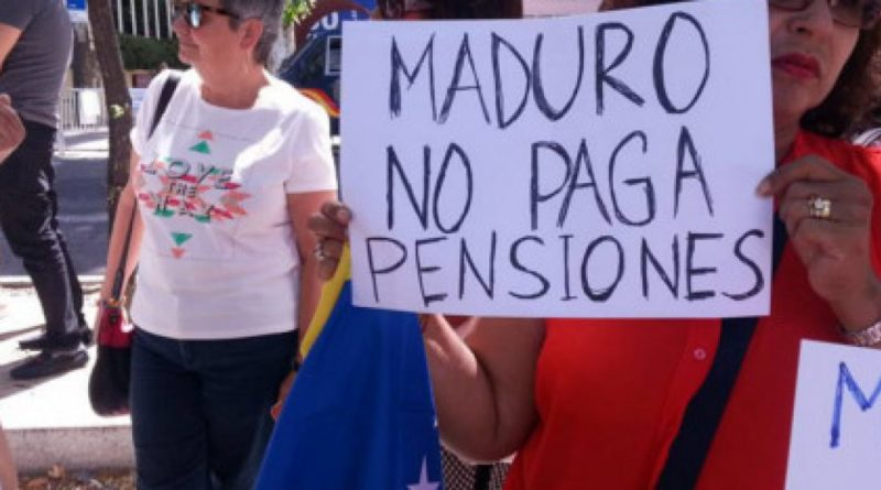 Maestros y pensionados también quieren ayuda económica