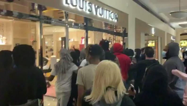 Robos a tiendas de Portland (EEUU) en medio de protestas por asesinato de George Floyd
