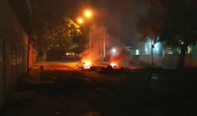 Protesta por suministro de gasolina dejó inoperativa estación de servicio en Carabobo
