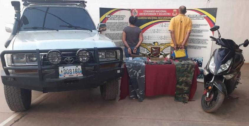 Armamento y camuflaje militar fue incautado por allanamiento en Guárico