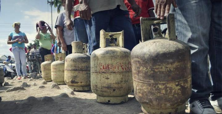 Gas doméstico podría ser cobrado en dólares