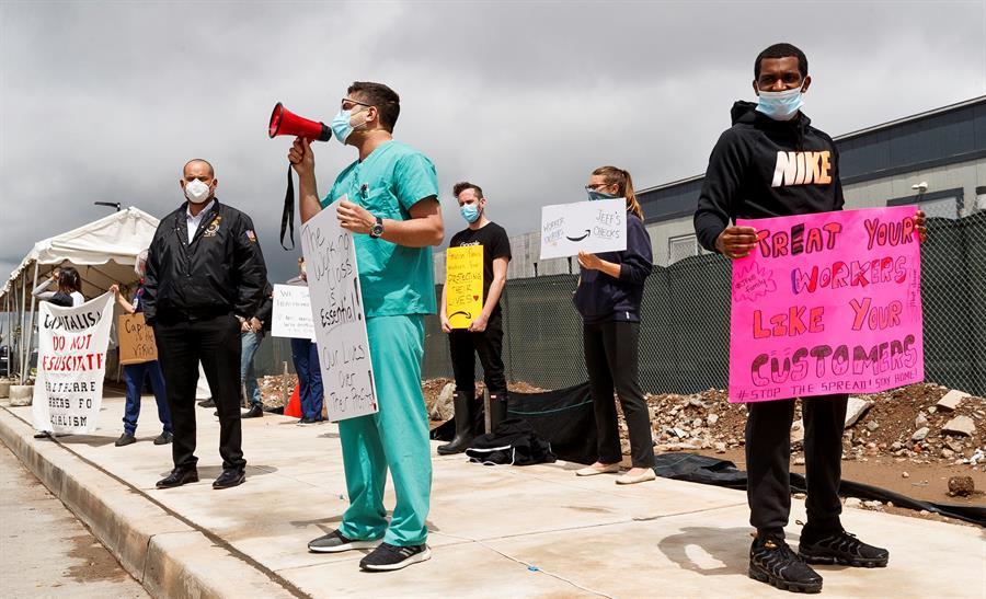 Cientos de empleados de empresas estadounidenses protagonizaron parón temporal