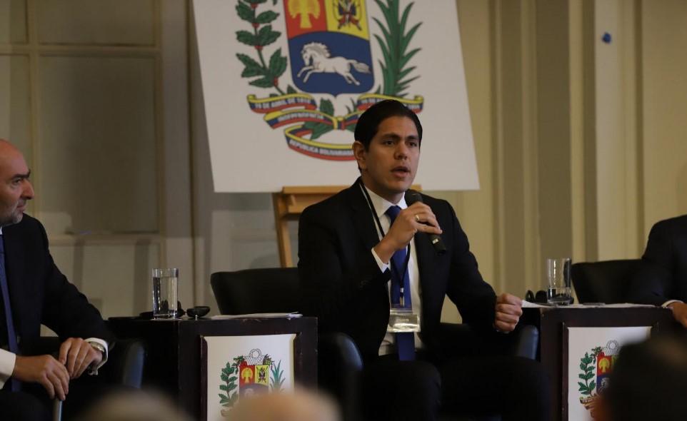 Por difamación y acoso denuncian a Marvin Autry y al periodista venezolano Darwin Chávez