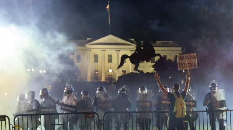 Tensión en EEUU: componentes del Estado desaprueban políticas de presidente Trump por protestas