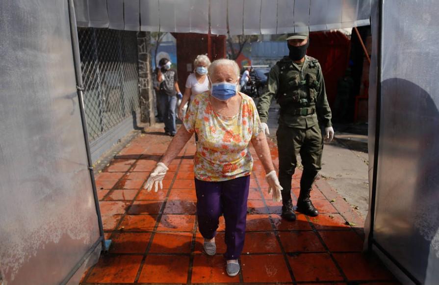 """Se extendió """"Estado de Excepción y Alarma"""" por covid-19 en Venezuela"""