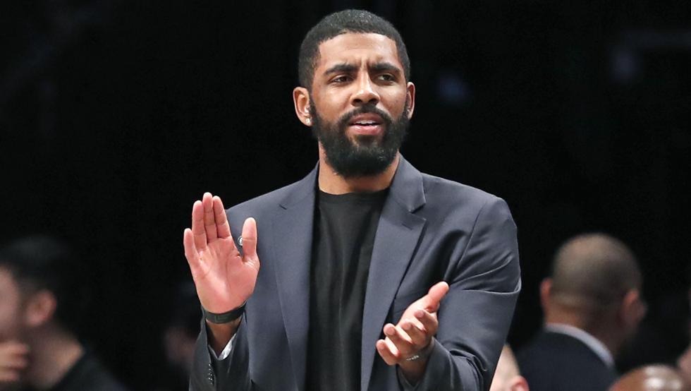 Kyrie Irving donó $1,5 millones a jugadoras de WNBA