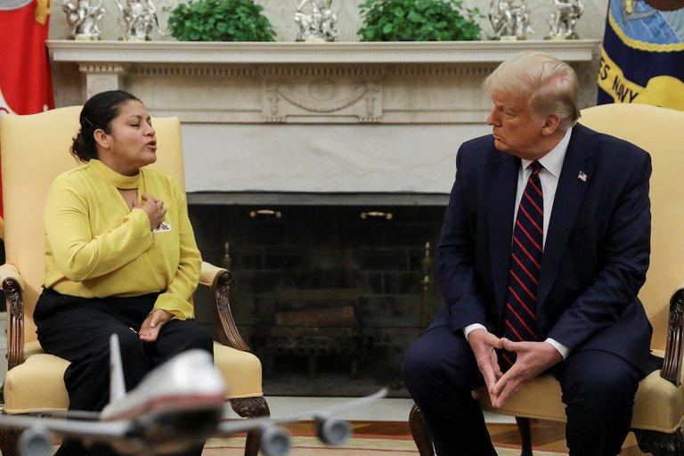 Familiares de la solado Vanessa Guillén sostuvieron un encuentro con Trump en la casa Blanca