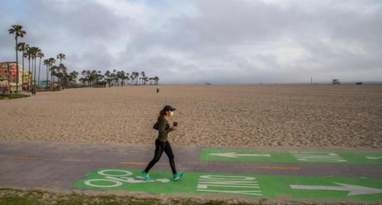 De vuelta al confinamiento: California cerrará restaurantes, museos y zoológicos