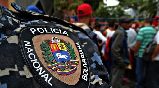 Venezuela | Hallaron cadáver de un funcionario de la PNB en la autopista  Prados del Este - VPItv