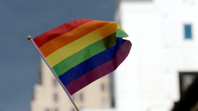 Segregación y falta de empleo: los problemas LGBTI venezolana en Ecuador