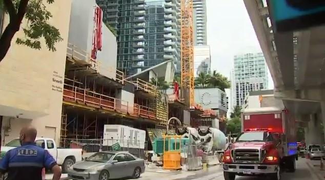 Al menos seis heridos por accidente en construcción ubicada en Brickell (Miami)